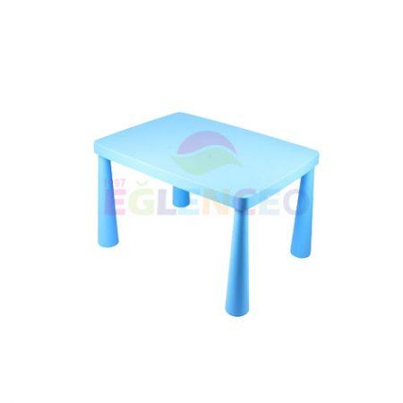 Mavi çocuk masası
