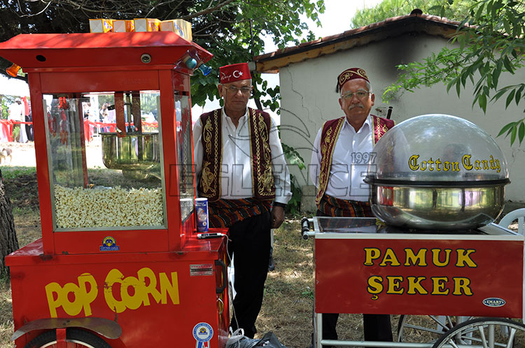 popcorn-ve-pamuksekerci
